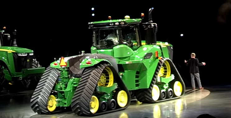 Dodge Dealers In Sc >> John Deere Finally Shows Off The Four-Track, 620hp John ...