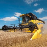 New Holland Combine Sets World Record For Most Wheat Harvested In 8 Hours